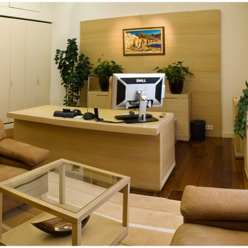 O.. 213-215 office (5)