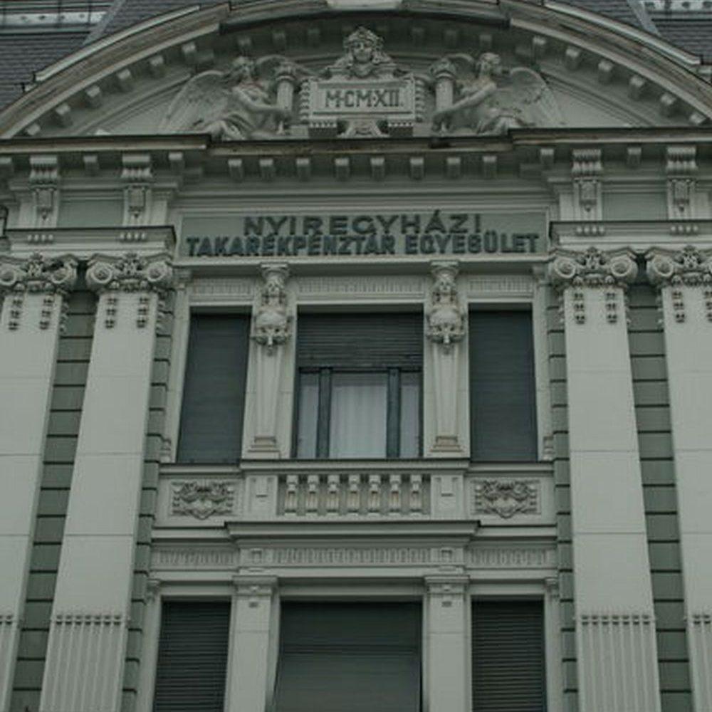 OTP NYH-Takarekpalota - Foto 1